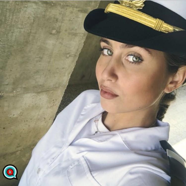 יולי זיו היפות לחיל הים